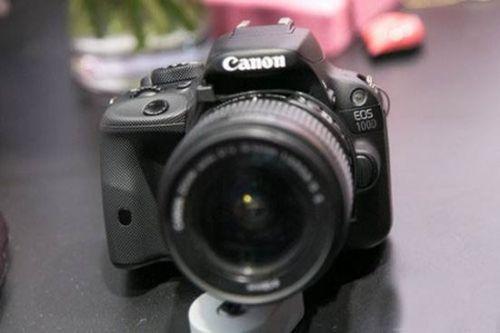佳能eos 100d是目前体积最小的数码单反相机   另外针对...