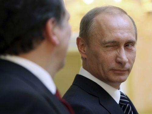 俄罗斯 美国 斯诺登/根据《华盛顿邮报》的报导指出,俄罗斯已经决定一直滞留过境区...