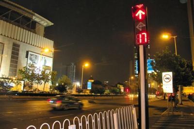 天津落马公安局长拥35项发明 发明信号灯遍布全城0