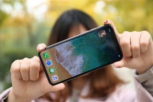 屏幕之争 国产手机mini LED屏碾压苹果0