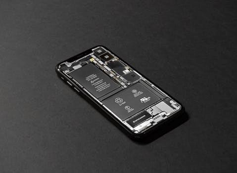 苹果公司一时半会还不能给你换手机电池0