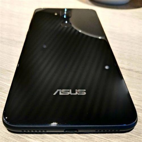 全面屏+竖排 双摄华硕ZenFone 5 Lite真机曝光0