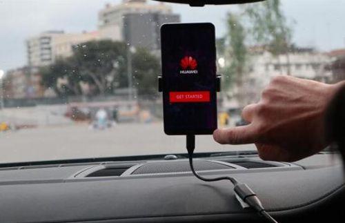 手机开汽车 华为Mate 10 Pro贵的有道理0