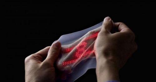 你敢穿吗?嵌有384枚超薄LED灯的智能皮肤1