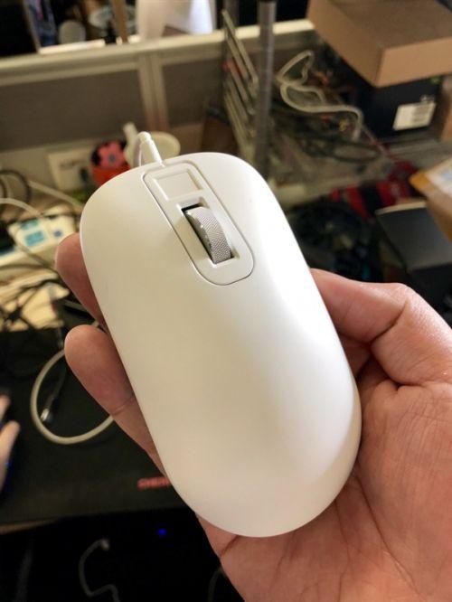 199元!小米众筹智能鼠标带指纹识别0