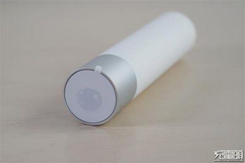 紫米移动电源MINI、小米随身手电筒拆解对比:各有所长13