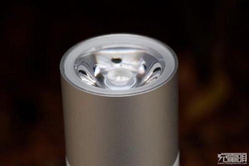 紫米移动电源MINI、小米随身手电筒拆解对比:各有所长18