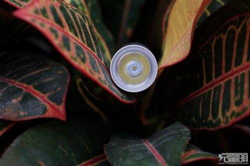 紫米移动电源MINI、小米随身手电筒拆解对比:各有所长16