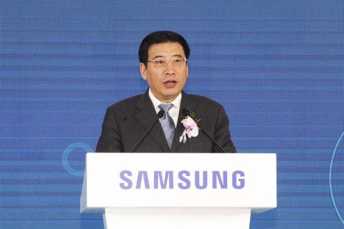 工信部部长苗圩为第六届中国电子信息博览会开幕式致辞0