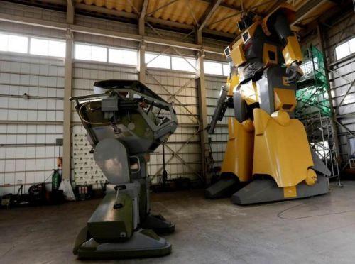 偶像啊!日本工程师制造巨型机器人出租 1
