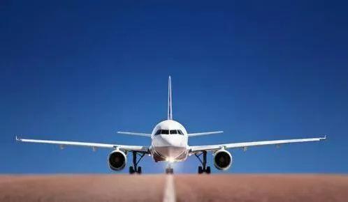 为机长点赞 川航客机档风玻璃为什么碎了?13