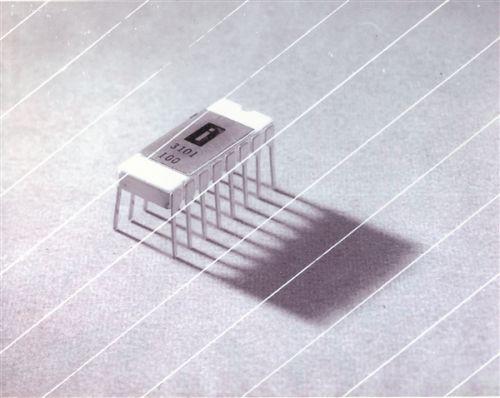 你肯定没见过!这就是Intel史上首款产品:3101 SRAM0