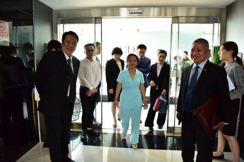 菲律宾前总统阿罗约及代表团一行到访中发控股集团5