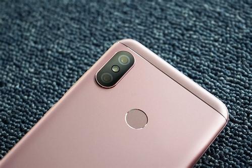 """红米6 Pro      千元""""刘海屏""""手机0"""