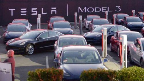 特斯拉致信Model 3预定用户:额外加2500美元定金0