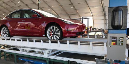 特斯拉周产5000辆Model 3终于达成目标0