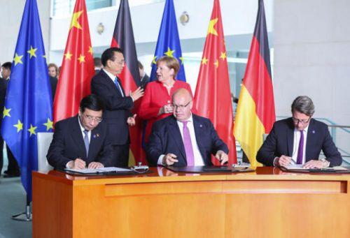 中德签署《关于自动网联驾驶领域合作的联合意向声明》0