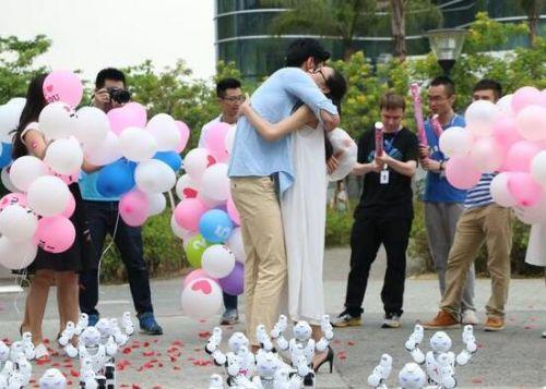 Say Yes!现在求婚都用高科技1