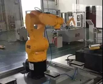 手机产业应用的9大工业机器人1