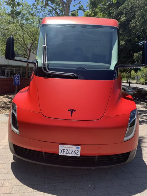 马斯克:全自动驾驶的特斯拉,明年就来了6
