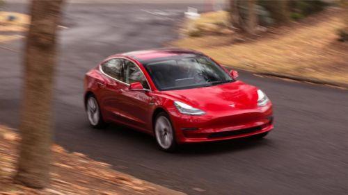 马斯克:全自动驾驶的特斯拉,明年就来了8