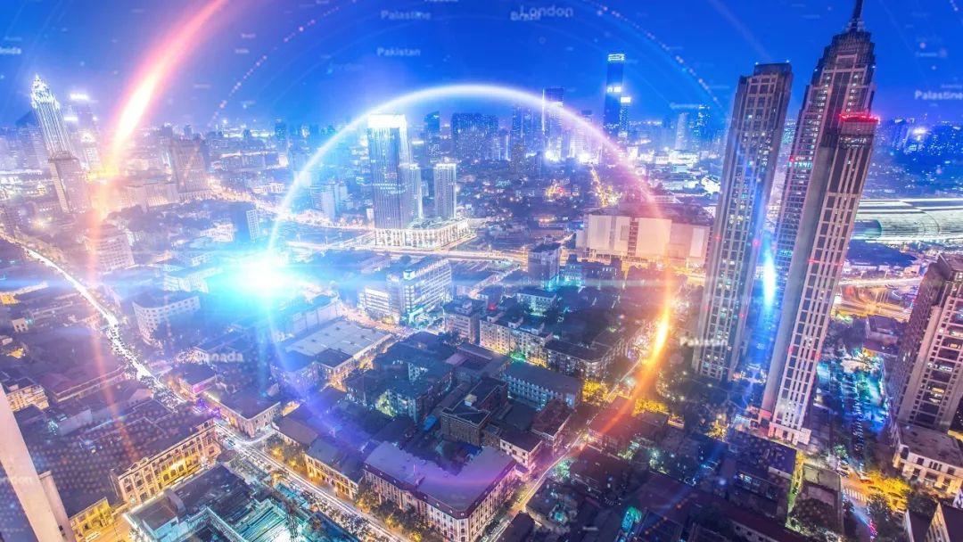 """《瞭望》高端采访:中国未来产业发展""""十问"""""""