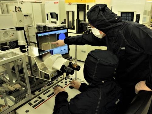 X-FAB增强其180nm高压CMOS技术产品组合中的车用嵌入式闪存产品1